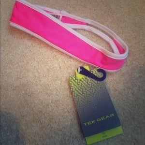 tek gear Accessories - NWT Tek Gear athletic headband **EASY TO BUNDLE**