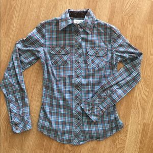 Paul & Joe Tops - Plaid western shirt with front pockets and snaps!