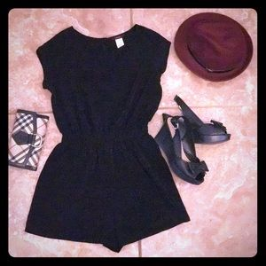 Mary Kay Other - Short sleeved black romper & maroon trilby