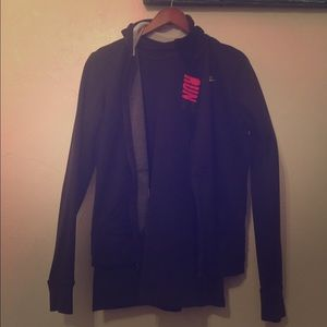 Nike Tops - Nike XS jogging jacket and under armor tshirt