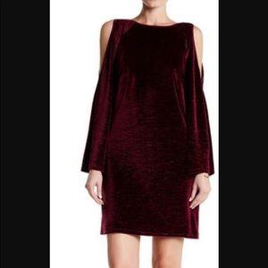Adrianna Papell Dresses & Skirts - 🆕 Adrianna Papell Magenta Velvet Dress