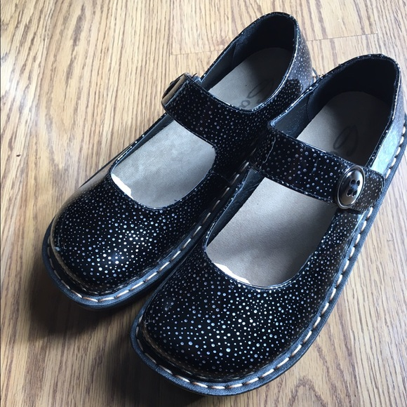 898aacedc New Savvy Mary Jane Slip Resistant Work Shoe Clog