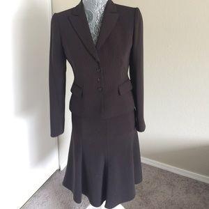 Tahari Other - Tahari 2-Piece Suit Set Brown Stripes Size 2P