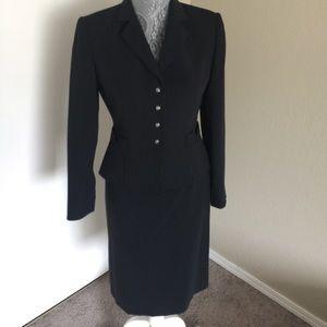 Tahari Other - Tahari 2-Piece Suit Set Navy Size 2P