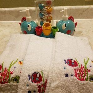 Other - Kids Fishy Bathroom Set