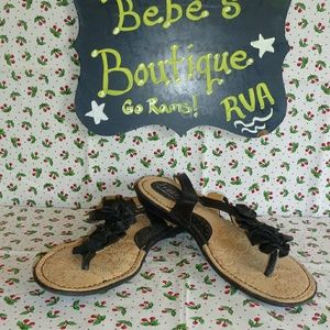 b.o.c. Shoes - 💚 b.o.c. t-strap Leather flower sandals sz 11