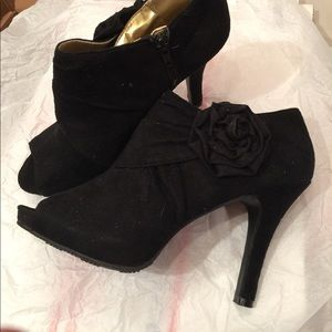 NEW Mossimo Bootie shoes black suede sz 9.5