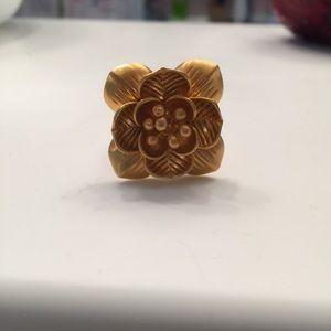 Satya Jewelry Jewelry - Satya Lotus Flower 3D chunky ring 7 goldplated