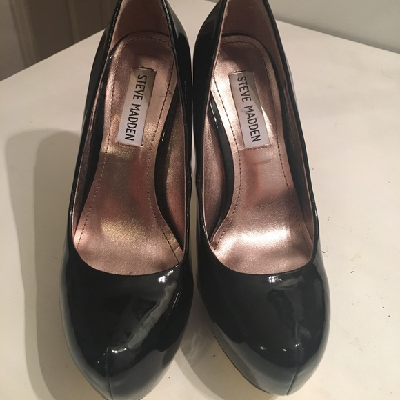 Purple sued pumps of my wife fucked and filled with cum 8
