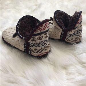 Muk Luks Shoes - Muk luks slippers