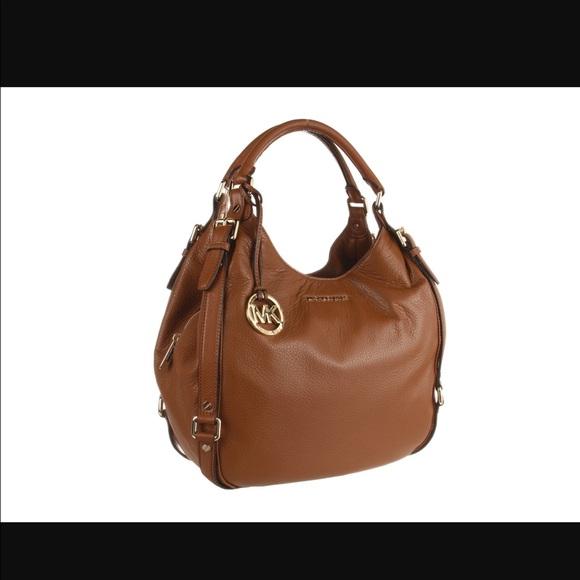27d1604656d8d3 KORS Michael Kors Handbags - Michael Kors Bedford belted large shoulder tote 🔥