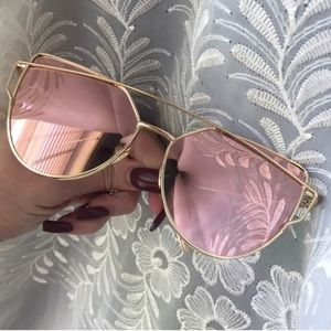 Leoninus Accessories - 🏜Desert Rose🌹Mirror Lens CrossWire CASE INCLUDED