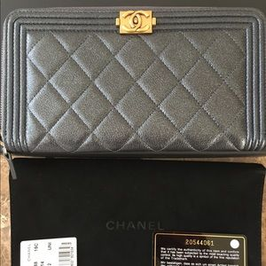 CHANEL Handbags - Chanel caviar skin zip around wallet A80288