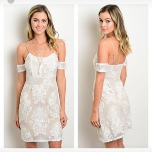 Dresses & Skirts - NWT white taupe off shoulder lace dress