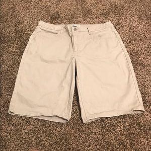 Lee Pants - Lee Riders, Mid-Rise Bermuda Shorts... Size 18