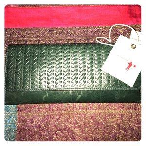HOBO Handbags - NWT Hobo International Green Leather Wallet