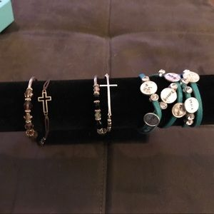 Premier Designs Jewelry - Lot of jewelry bought from premier jewelry