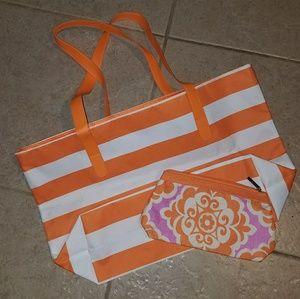Tote and cosmetic bag bundle