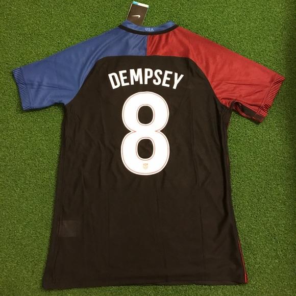 baffa273e USA Soccer Jersey DEMPSEY  8. M 58f437257f0a058012034d59