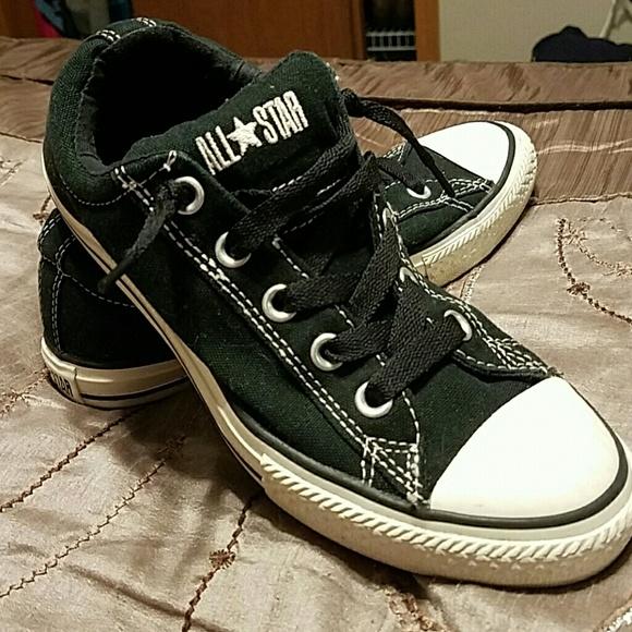 0789776ea28b Converse Shoes - Converse Chuck Taylor Tennies boys size 4 women 6