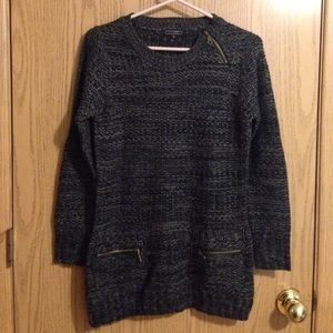 Sweaters - THICK KNIT SWEATER WITH ZIPPERS SIZE SMALL