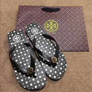 Tory Burch Shoes - NWT--Authentic Tory Burch Flip Flop (Size 7)