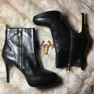 Vince Camuto Shoes - Vince Camuto Edorn x Black Nappa Chic Ankle Boots