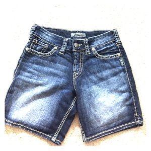 Silver Jeans Pants - Silver jeans shorts suki short sz 26 dark denim