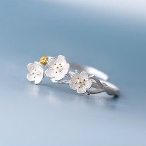 Ira Kara Jewelry - Sterling Silver 925 Cherry Blossom Flower Ring