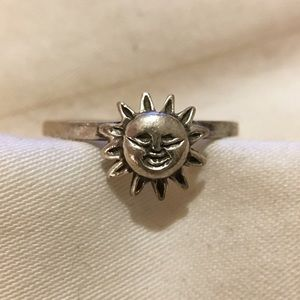 Jewelry - 🌜Sun & Moon stacked rings