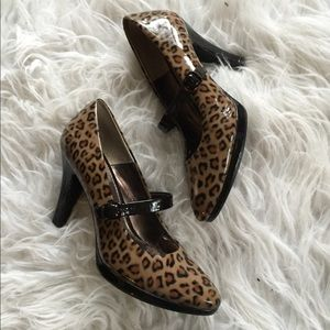 HPSofft animal print Mary Jane heels