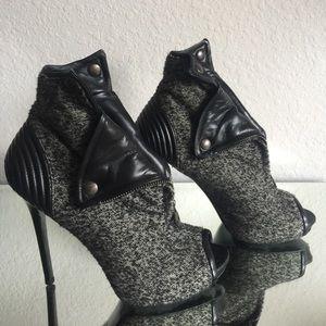 Alexander McQueen Shoes - 💯Authentic Alexander McQueen quilted booties 👠