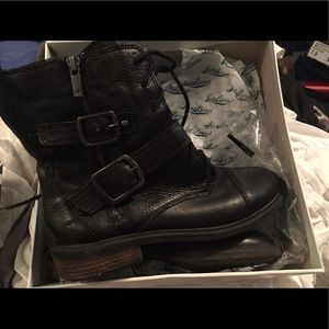Lucky Brand boots. Brand New size 8