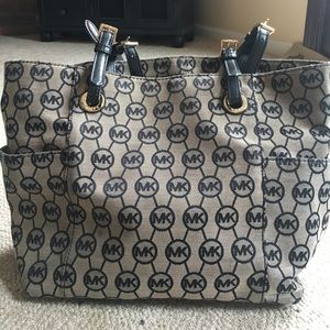 KORS Michael Kors Handbags - Michael Kors Tan and Black Tote