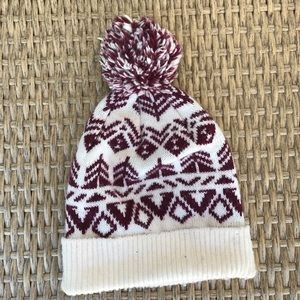 Hollister Accessories - Maroon and White Hollister Beanie