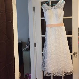 Lace special occasion dress. (Wedding/prom) Size 8