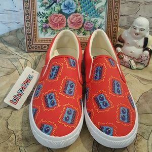 Bucket Feet Shoes - LTD Addition Lollapalooza Slip-ons Free Backpack