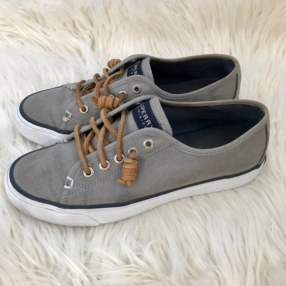 0715564e6353a0 ... Sperry Women's Seacoast Canvas Sneakers. M_58f4dd164225be83f000837a