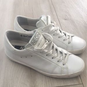 Golden Goose Shoes - Golden Goose - Super Star Low-Top Leather Sneakers