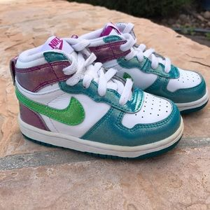 Nike Other - Nike high tops toddler girls 6