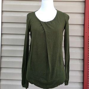 Gap women's green pullover long sleeve sweater