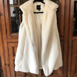 Jackets & Blazers - Super cozy oversized vest size small