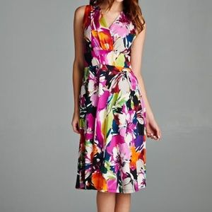 Shelby and Palmer Dresses & Skirts - NWT Shelby and Palmer Floral Print Dress, S