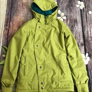 Burton jacket perfect for snowboarding, skiing