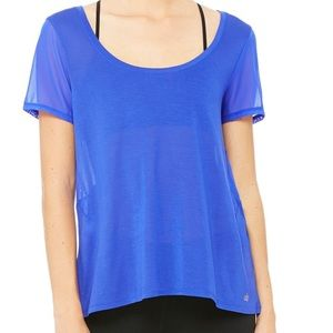 ALO Yoga Tops - NWT- ALO Luxx Short Sleeve Top
