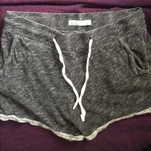 hi-line Pants - Hi-line shorts