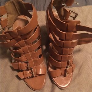 🛑 Brown wedge sandals 9 (4 For $15)