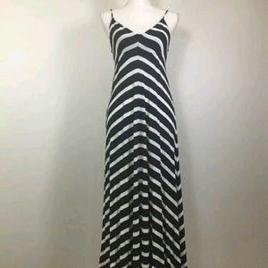 Eight Sixty Dresses & Skirts - Eight Sixty Navy White Maxi Dress
