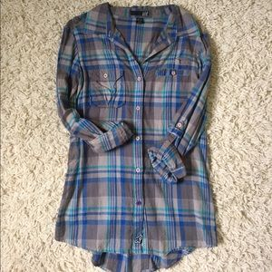 Fox Tops - NWOT Fox Racing plaid high low button down top
