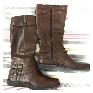 b.o.c. Shoes - New in Box Brown leather boots